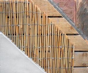 Skladba konstrukce na hrázděném zdivu vyzděném nepálenými cihlami.