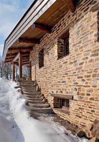Kamenný dům s živým srdcem | Dům a byt