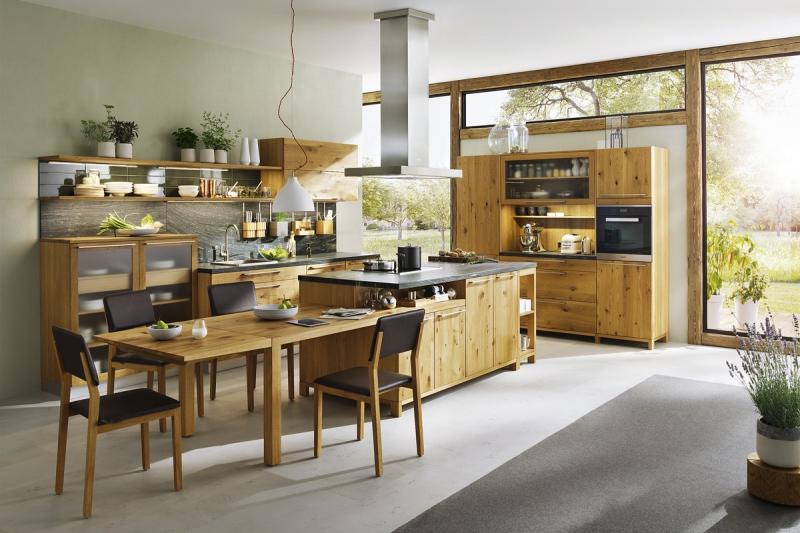Kuchyň, dobíjecí stanice celé rodiny
