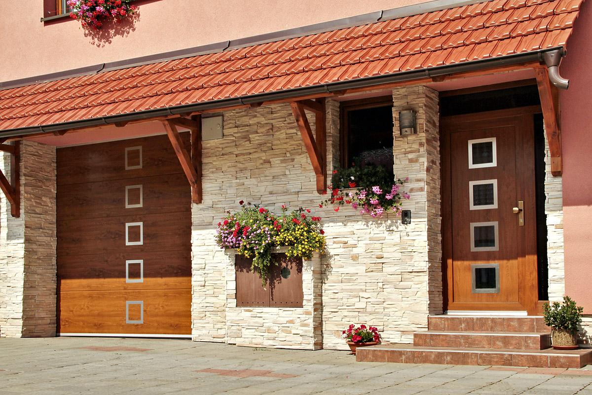 Garážová vrata: Funkční a estetický prvek domu
