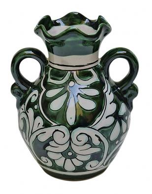Váza Orejas, zelená na bílém podkladě. Rozměry: výška 21cm anejvětší průměr 17cm