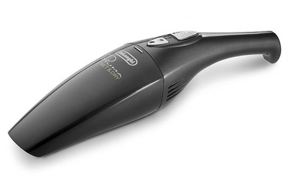 Ruční vysavač XMW 36 N je určen pro mokré suché vysávání, nabité akumulátory vydrží vprovozu 15 minut, orientační cena 1000Kč (DELONGHI)