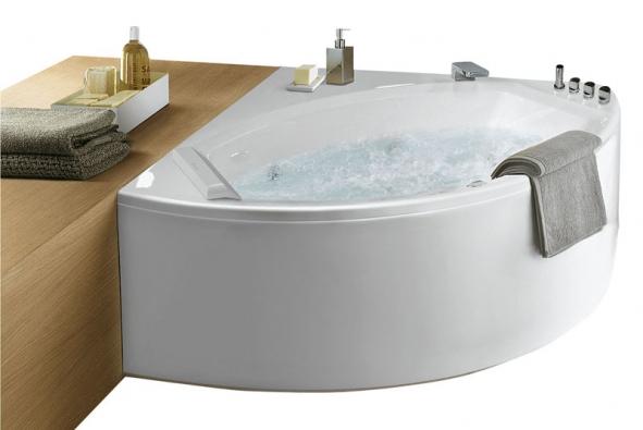 Rohová vana Kendra (Albatros), design Massimo Farinatti, orientační cena od 35 000 Kč (SANITEC)