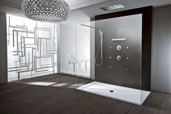 Sprchová zástěna (Teuco) zkolekce Unlimited project, 8mm silné bezpečnostní sklo, vrozměru od 120 x 80 až po 200 x 100 cm, orientační cena od 34 000 do 47 000 Kč (TIZZIO)