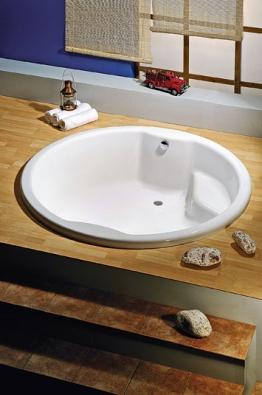 Vana Royal Round, rozměry 172 x 49 cm, obsah 620 litrů, orientační cena 29 400 Kč (POLYSAN)