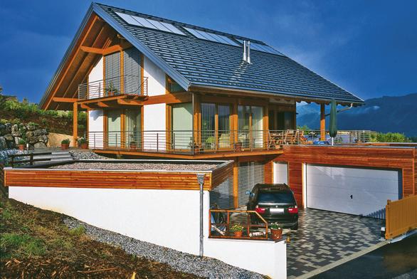 Solární panely a střešní plášť