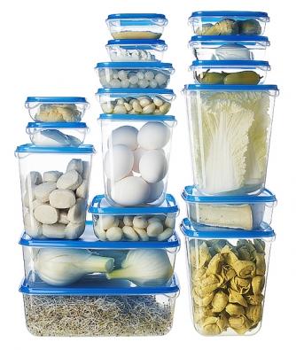 Sadu 17 plastových dóz Pruta pořídíte za 99Kč (IKEA).