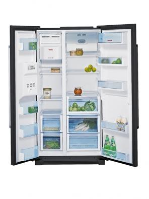 Vnitřní prostor  chladničky KAN 58A50 je precizně vyřešen aposkytuje vysoký uživatelský komfort (Bosch).