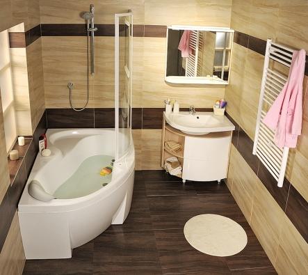 Koncept Rosa nabízí ido malých koupelen velkou asymetrickou vanu, kterou můžete proměnit ve velký sprchový kout. Sdélkou pouhých 150cm nabízí komfort klasické obdélníkové vany. Kolmá stěna aploché dno poskytují maximální prostor pro sprchování. Pohodlí zabezpečí sedátko asprchová zástěna. Kvaně (140/150/160/170 x 105cm) se nabízí jedno ze tří typů umyvadel. Novinkou je doplnění konceptu odesignově sladěný nábytek. Cena vany Rosa II od 11960Kč, cena umyvadla Rosa od 4990Kč  (RAVAK).
