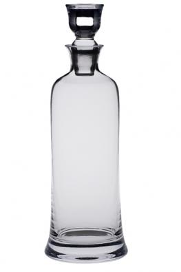 Karafa na alkohol, kterou můžete vhodně doplnit sklenkami podobného designu (ALMIDECOR).