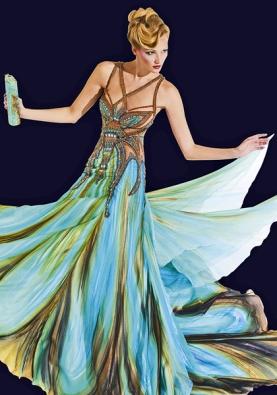 Šaty zkolekce návrhářky B. Matragi jsou inspirovány křídly motýlů (GRUND).