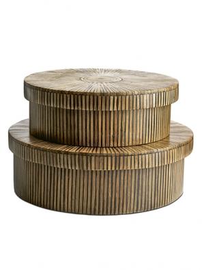 Skladovací boxy, přírodní/černý bambus (výška 10cm aprůměr 28,5cm nebo výška 12cm aprůměr 34,5 cm), cena od 1190Kč (BoConcept).