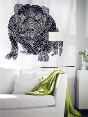 Závěsy Varmt Hund (Ikea), design Kristine Mandsberg, bavlna, šířka 150cm, cena 99 Kč/bm (IKEA).