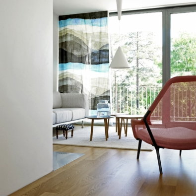 Textilie Joiku (Marimekko), design Aino-Maija Metsola, 100% bavlna, šířka 140cm, cena 989 Kč/bm (DESIGNOR).