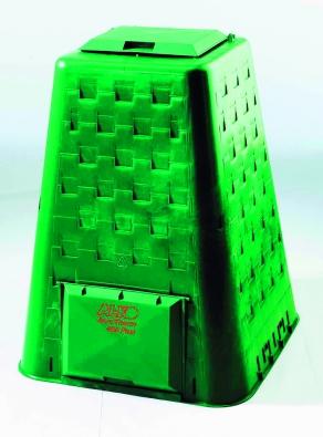 Kompostér Aero Therm Plus se základovým roštem akuželem, který zajišťuje přístup vzduchu avlhkosti až dostředu kompostéru (AL-KO).