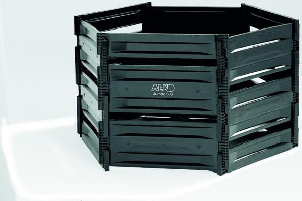 Kompostéry Jumbo 600 aJumbo 800 lze velmi snadno sestavit díky zástrčkovému systému – to umožňuje jejich snadnou přepravu (AL-KO).
