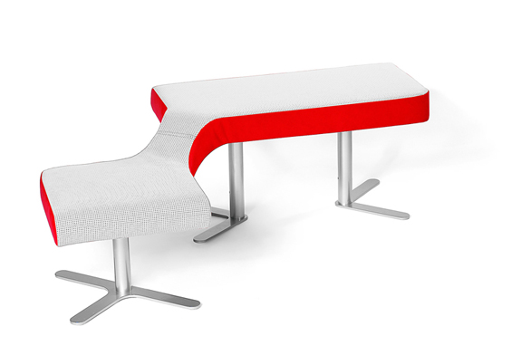 Variabilní kolekci Ai.ro, určenou pro veřejné prostory, vyrábí POLSTRIN DESIGN, prodává se od 9 230 Kč.