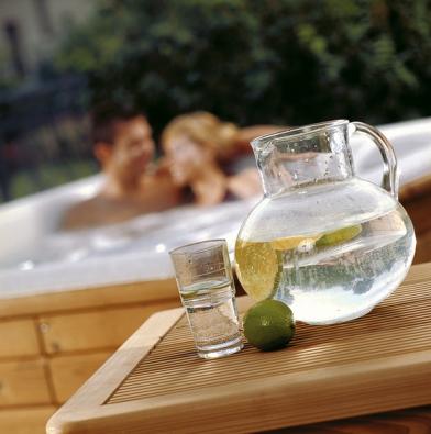Hydroterapie má vrámci wellness nezastupitelné postavení. Zdravý životní styl je díky spa přirozeností.