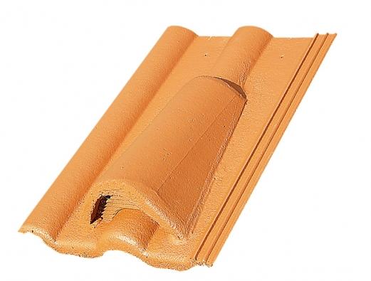 Nezbytnou součástí moderních střešních systémů  jsou i větrací tašky  a tašky s protisněhovou úpravou (KM BETA).