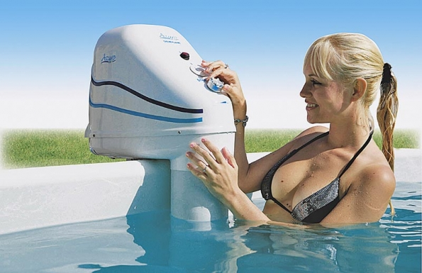 Závěsné protiproudy Jet jsou určené pro dodatečnou montáž na již postavený bazén, nebo tam, kde zrůzných důvodů nemůžete umístit zabudovaný protiproud.