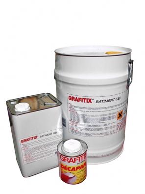 Graffitix Batiment Gel dokonale odstraňuje nátěry a omítky na bázi umělých pryskyřic z fasády, hrubé omítky, betonu, režného zdiva, dřeva, kovu apod. (Weber-Terranova).