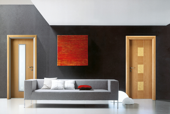 Vlevo dveře Zitrin Karo R Classic 2 (Wippro), design buk,  vpravo dveře Zitrin Karo R Classic 1 (Wippro), design buk aočkový javor splošně vyfrézovanou linkou, info oceně uprodejce (VETOS).