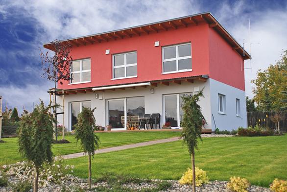 Základním posláním vhodně vybraného asprávně provedeného fasádního nátěru je ochránit vnější plášť domu.