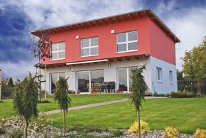 Barevné řešení fasády domu