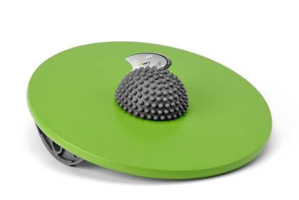 MTF Fun Disc pro děti azačátečníky lze používat zobou stran. Když disk obrátíte, je cvičení náročnější aumožňuje částečnou rotaci, cena 1790Kč (Sport & Fitness).