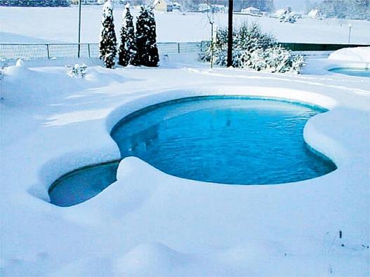 Všechna voda vbazénu by měla alespoň jednou denně protéct filtračním zařízením.