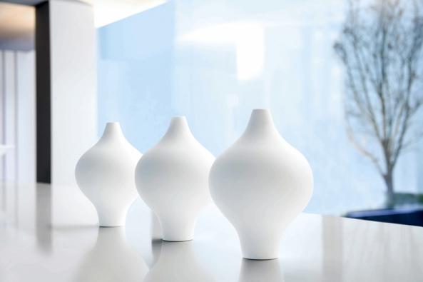 Váza Pure (Asa), porcelán, cena 799Kč (FANTAZIE)