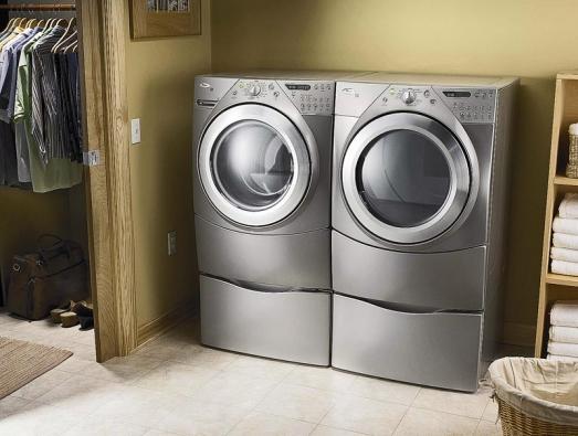 Designově ladící dvojice pračka/sušička Whirlpool Dream Duett.