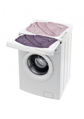 Pračka Calima (Electrolux) jako novinku nabízí vyhřívanou vytahovací desku, která horkým vzduchem suší nejpotřebnější právě vyprané kusy prádla. Cena od cca 13000Kč.