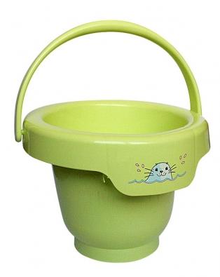 Vkoupacím kbelíku oprůměru 35cm se miminko bude cítit pohodlně. Je nenáročný na prostor amůžete ho použít ipoté, co miminko povyroste (BÉBÉJOU).