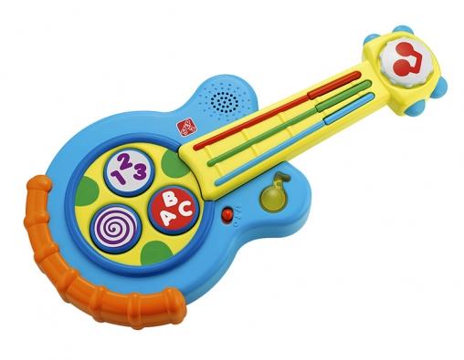 Rytmická kytara, na kterou mohou děti hrát třemi způsoby: 1. přehrát tři veselé písničky, 2. hrát na struny kytary apomocí tlačítka měnit výšku tónu, 3. hrát podle notových listů sbarevně odlišenou hudbou (STEP2).