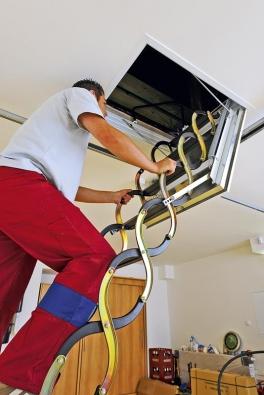 Před montáží je nejdůležitější správně vybrat umístění aorientaci schodů.