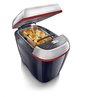 Nová pekárna HD 9040 se14 programy má ispeciální doplněk na přípravu českých buchet aspeciálního pečiva. Cena 4299Kč (PHILIPS).