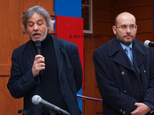 Architekt Tomáš Novotný z atelieru KAVA (vlevo) promluvil o průběhu rekonstrukce.