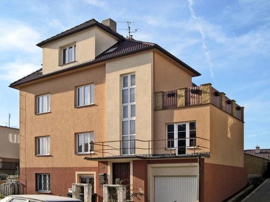 Kvalitní vnější zateplení fasády zlepší energetickou bilanci stavby vzimě ivlétě.