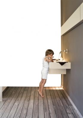 Dřevěná podlaha Prestige SPA Haro Parkett 4000, dřevina jatoba, 100×12×1cm, orientační cena 2101 Kč/m2,  1 balení = 3,12 m2 (SORTIM).