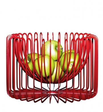 Zajímavou geometrickou kompozici představuje miska TRÅDIG, která jako by se inspirovala siločarami uvnitř hmoty. Materiál ocel spovrchovou úpravou zepoxidového apolyesterového práškového laku. Cena 499Kč  (IKEA).