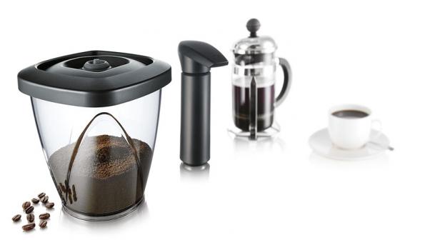 Coffeesaver – Vakuová dóza na kávu, International Innovation company, cena 399 Kč (Potten & Pannen – Staněk).