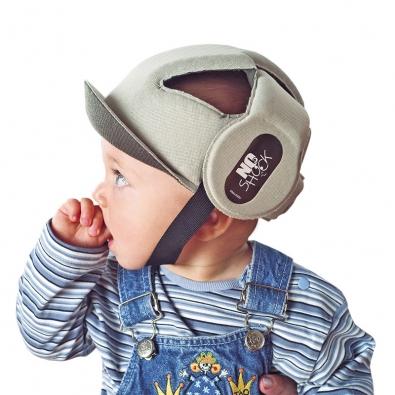 Helma No Shock chrání mozek acitlivá místa na lebce před poškozením. Cena 790Kč (VSEPROMIMI.CZ).