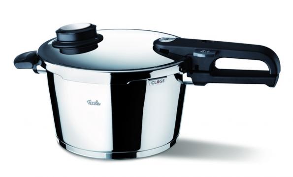 Opravdovou lahůdkou je trojstupňový systém vaření.