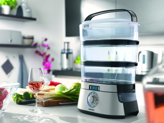 Pro pohodlné používání je možné dolévat vodu do zásobníku parního hrnce i vprůběhu vaření.