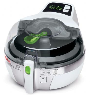 ActiFry Family zaručí při tepelné přípravě kontrolu množství a kvality použitého oleje. Maloobchodní cena 6 499 Kč.