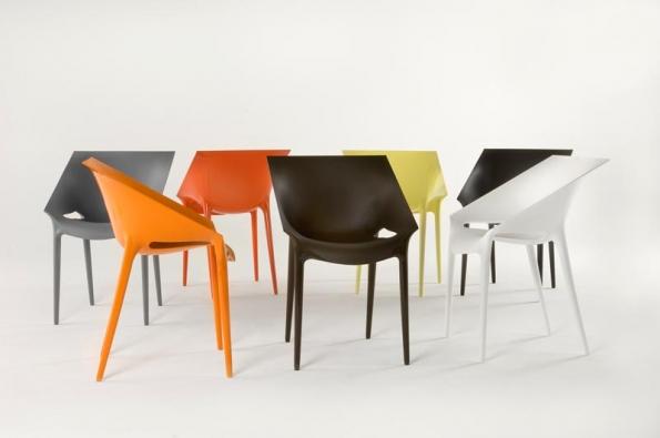 Ekologické cítění Philippa Starcka lze vysledovat především najeho židlích.