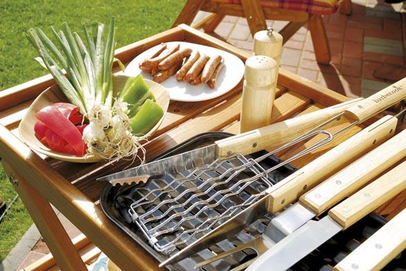 Grilovat se dá izdravě, pokud zvolíte nepřímý způsob grilování a k masu přidáte zeleninu.