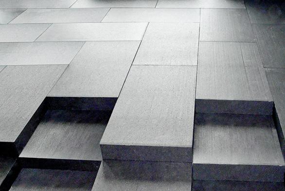Izolační desky Isover EPS NeoFloor jsou grafitovým izolantem nové generace se zvýšeným izolačním účinkem. Jsou určeny pro profesionální zateplení podlah apod., kdy je požadována vysoká pevnost vtlaku. Lze je použít všude tam, kde není dostatek místa pro izolace tradiční. Jsou určeny pro trvalé zatížení vtlaku max.  2000 kg/m² při deformaci menší než 2% (ISOVER).