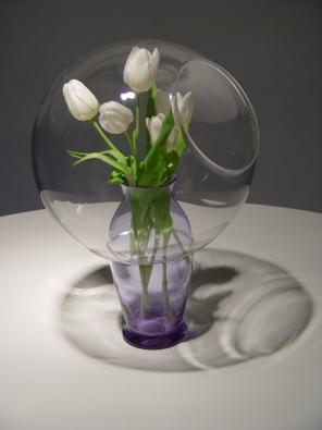 Cosmic I – IV, kolekce váz, sodno-draselné sklo, design: Hippos design, výroba: Moravské sklárny Květná pro Křehký.